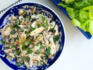 Delicious and easy-to-make Chicken and rice lettuce wraps
