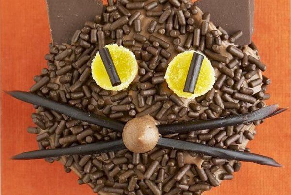 Black Cat Cupcakes for Halloween