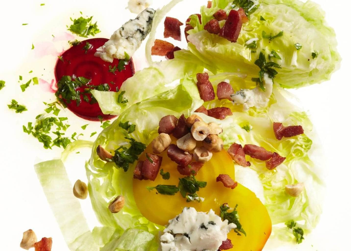 lettuce beets and blue cheese