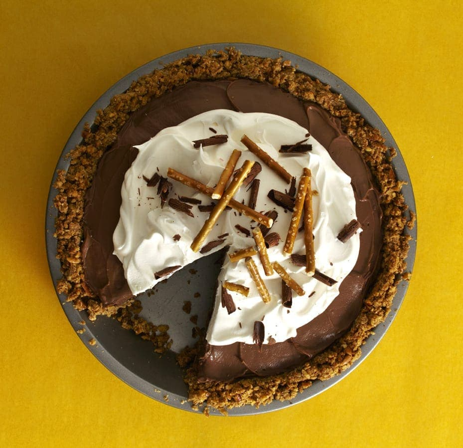 Chocolate Covered Pretzel Pie