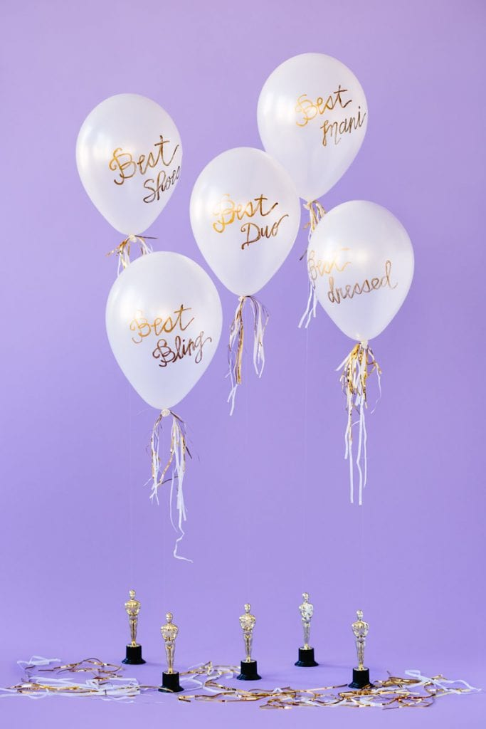 DIY-Oscar-Party-Balloon-Awards