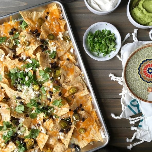 Baking pan with nachos