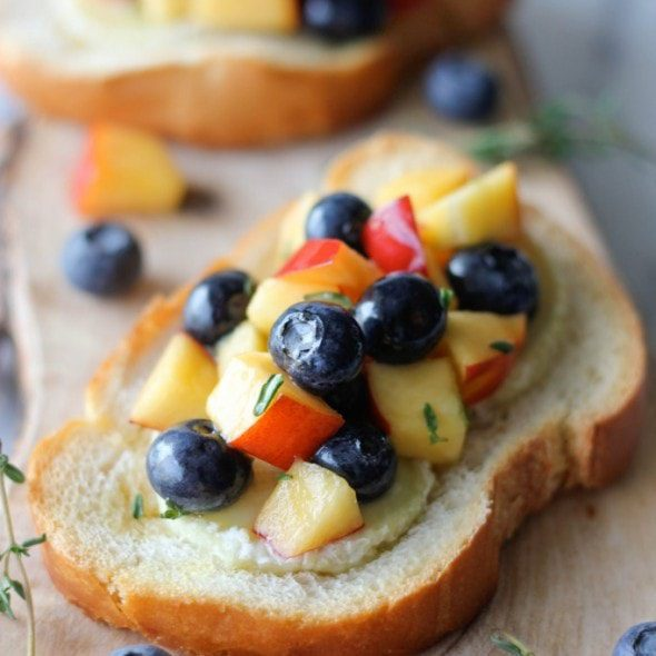 Damn Delicious Blueberry and Peach Thyme Fruit Salsa recipe image
