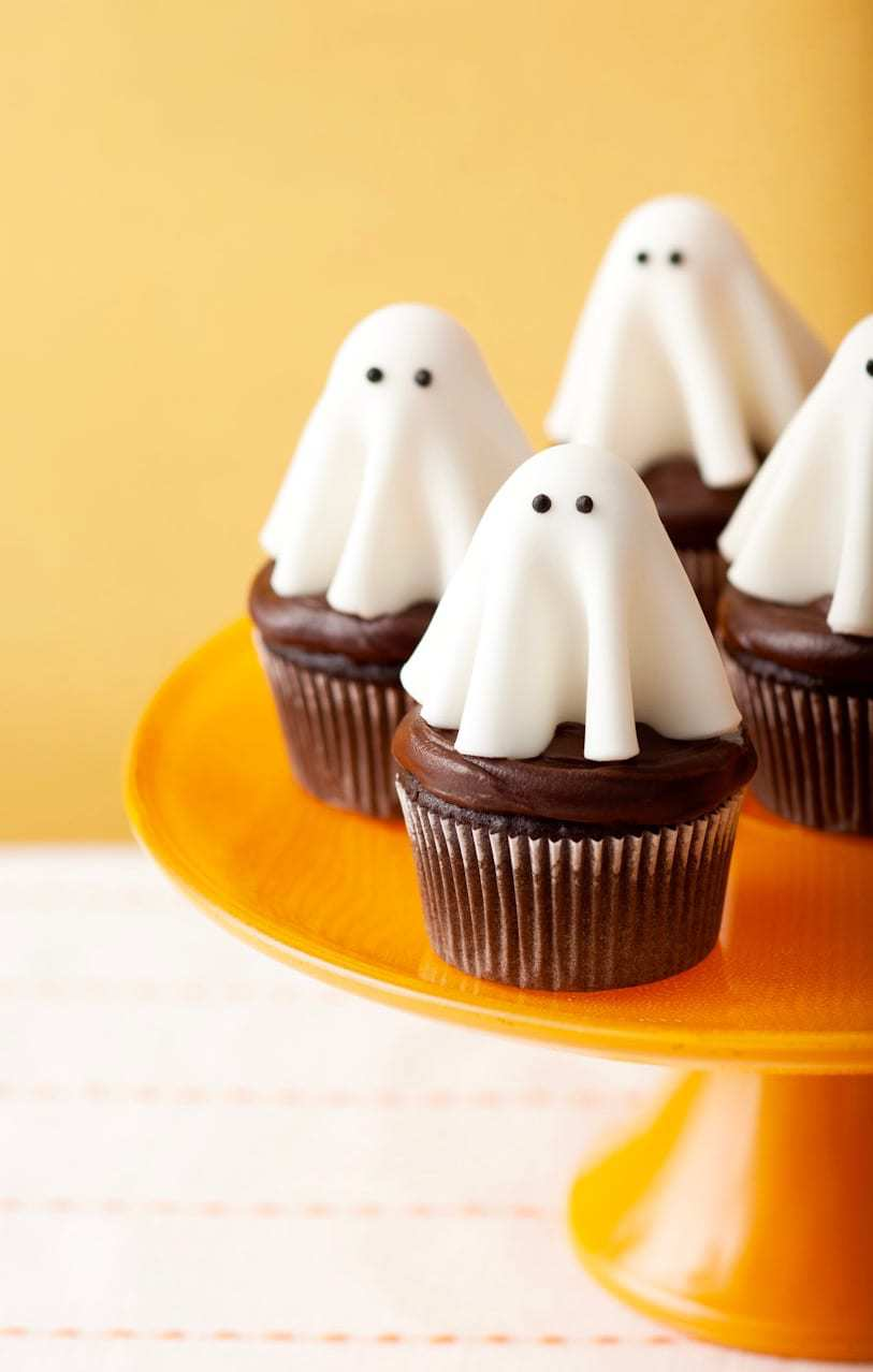 Floating Ghost Cupcakes Tara Teaspoon Tara Teaspoon
