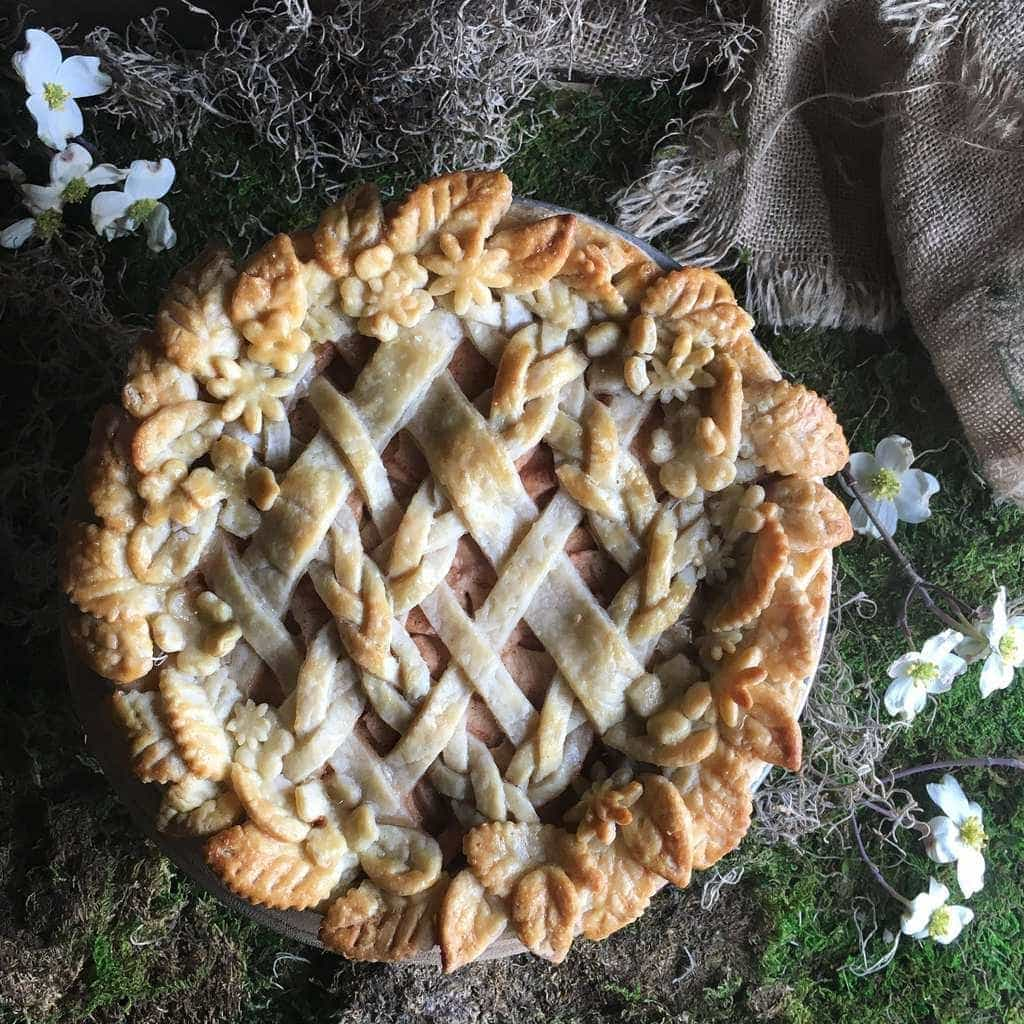The Judy Lab's Judy Kim creates beautiful pie crusts