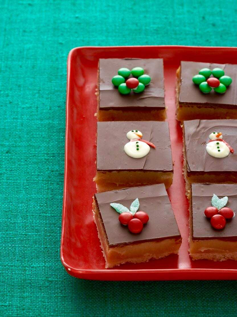 Dulce de leche bars have a milky caramel filling with chocolate and shortbread