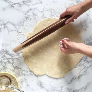 Example image of rolling the perfect pie crust