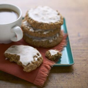 Classic Iced Oatmeal Cookies | Tara Teaspoon