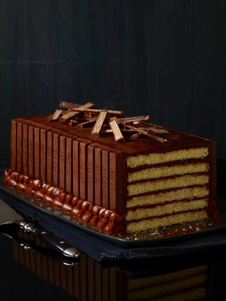 Kit Kat cake dark background