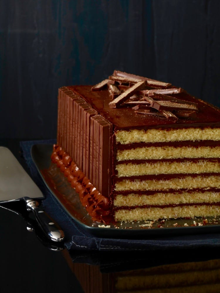 The Real Kit Kat Cake