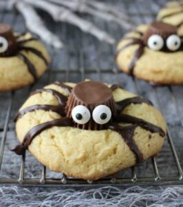 easy spider cookies