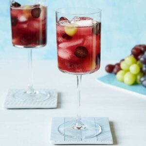 elderflower and grape spritzer recipe image