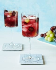 elderflower and grape spritzer recipe image