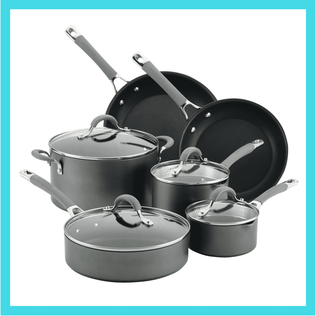 The perfect pans and kitchen accessories to cook delicious Italian cuisine.