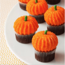 pumpkin marshmallows on cupcakes