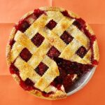 ginger razzleberry pie with slice out