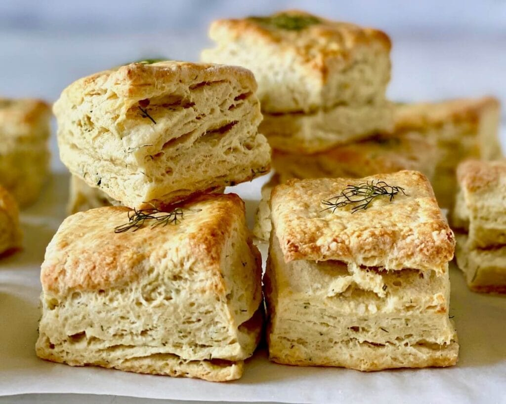 dill breakfast biscuits for sandwiches