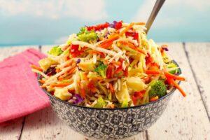 Healthy Artichoke & Roasted Red Pepper Coleslaw