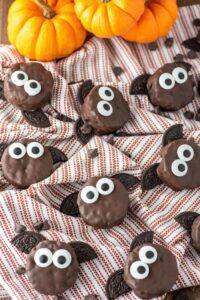choc rice krispie bat treats