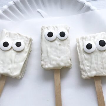 mummy-rice-krispy-treats