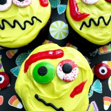 silly zombie cupcakes