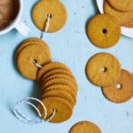 honey snaps cookies Moravian cookies