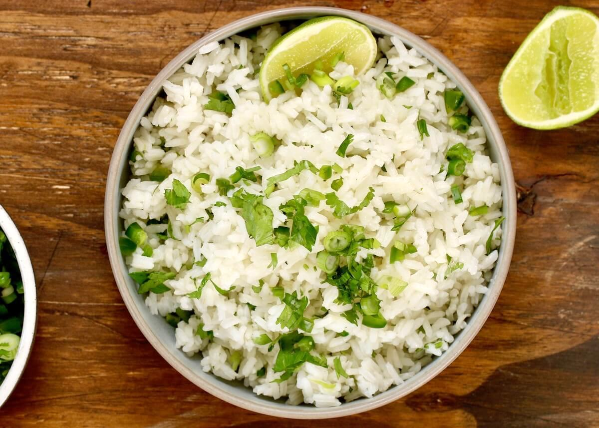 lime rice with lime slice and cilantro